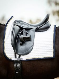 Czaprak PS of Sweden Dressage Pro White/navy